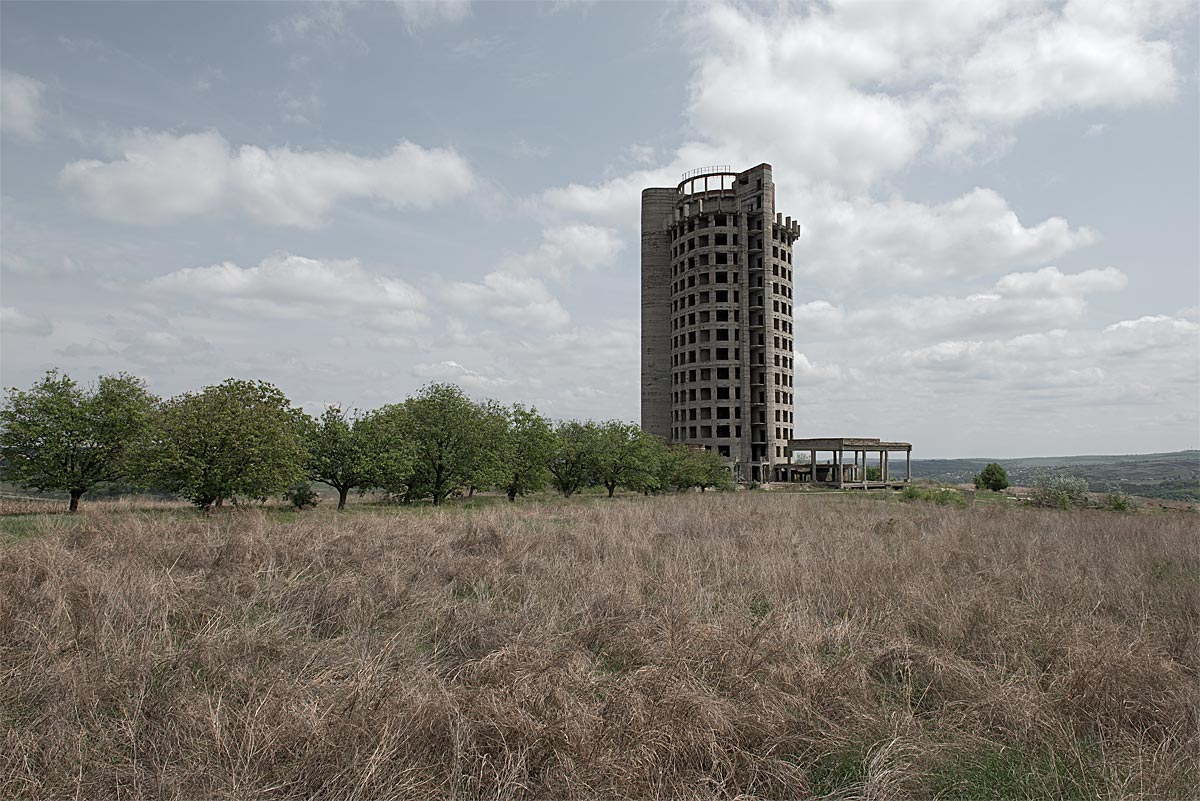 no vacancy #18, moldova, 2012 (unfinished hotel outside the capital - not sure if from the soviet days or later)
