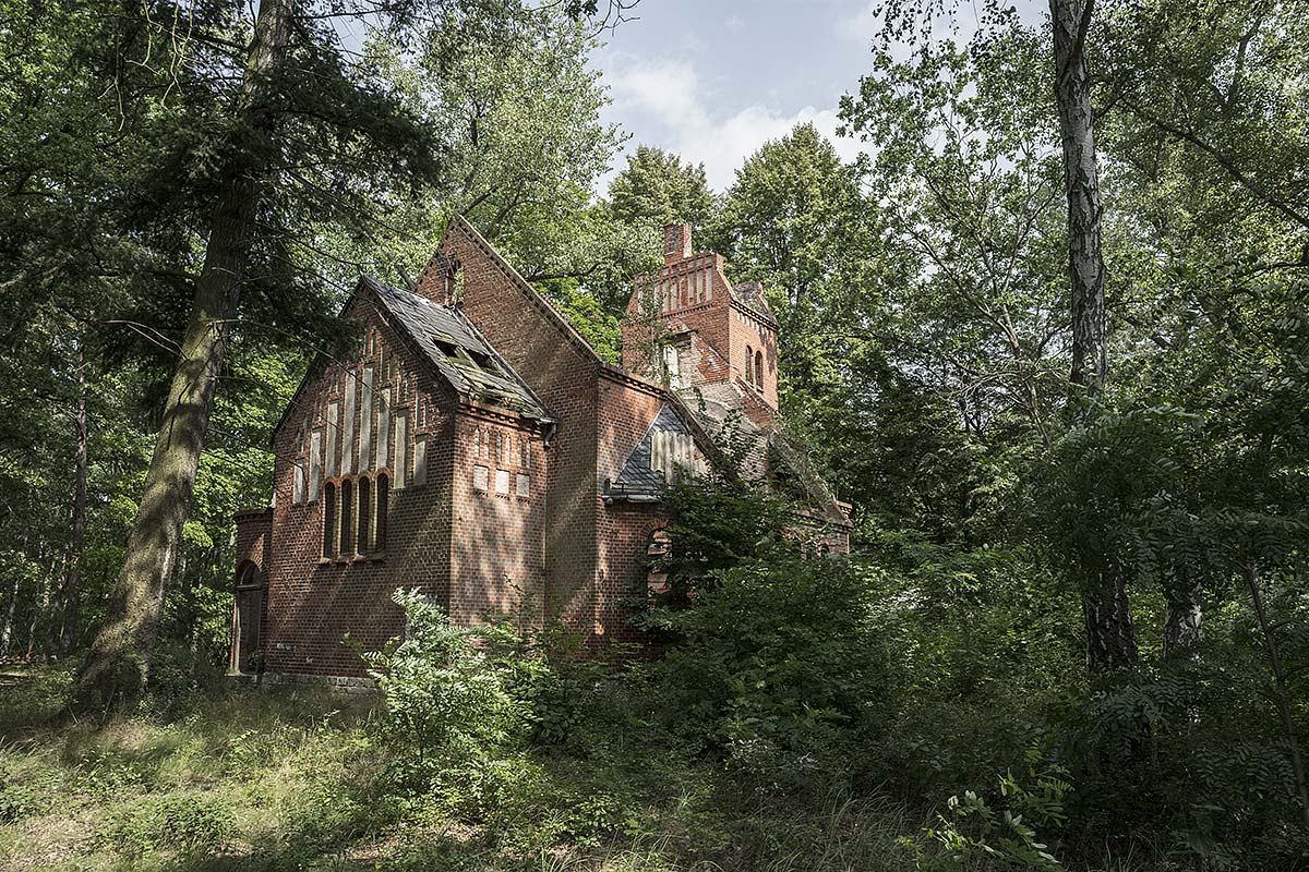 lost berlin #10, germany, 2017 (the chapel at Grabow-lake was part of a lung hospital. Built in 1906 a case of arsen destroyed the roof in 2007)