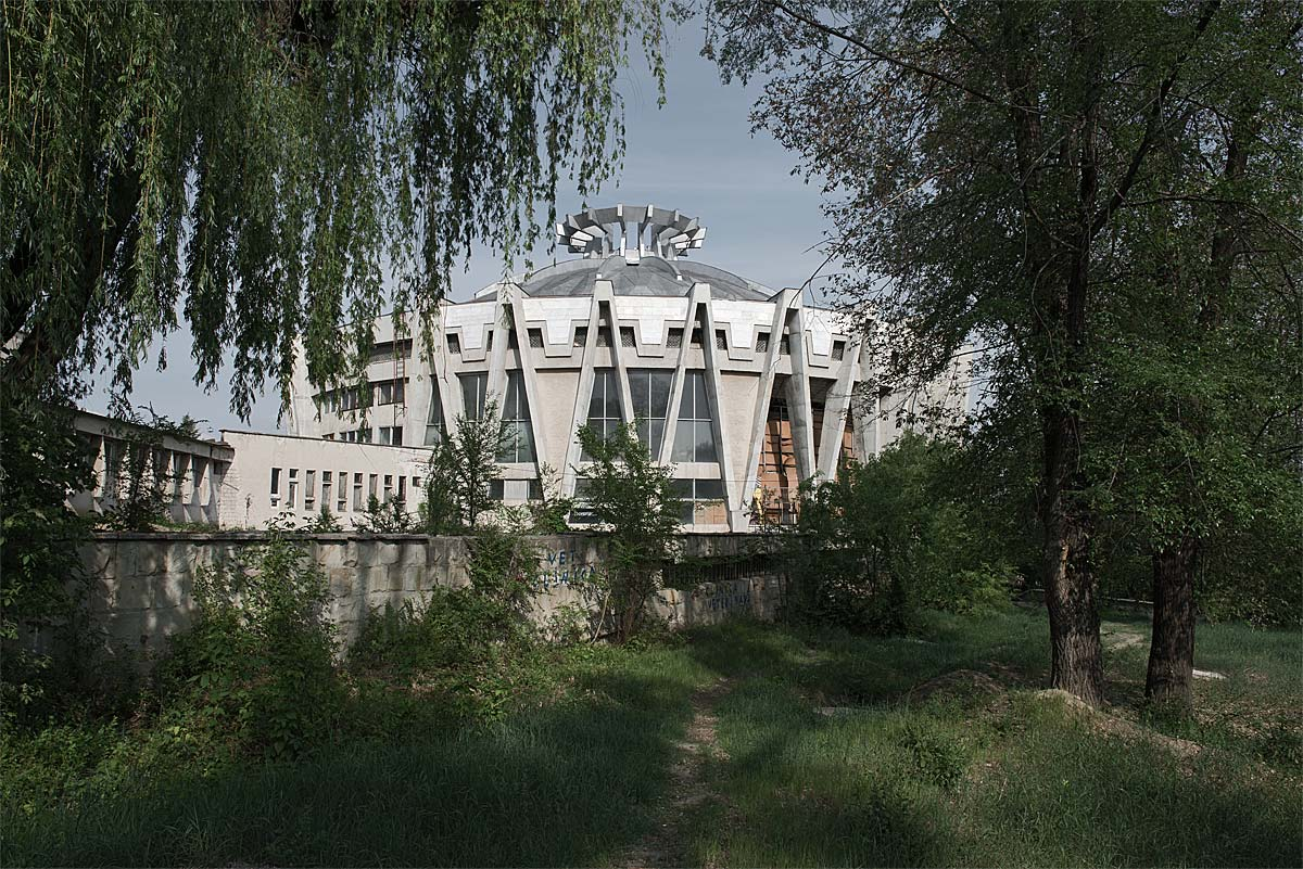 it was a pleasure #42, moldova, 2012 (national circus built during a breshnew campaign and abandoned due to lack of funds to support)
