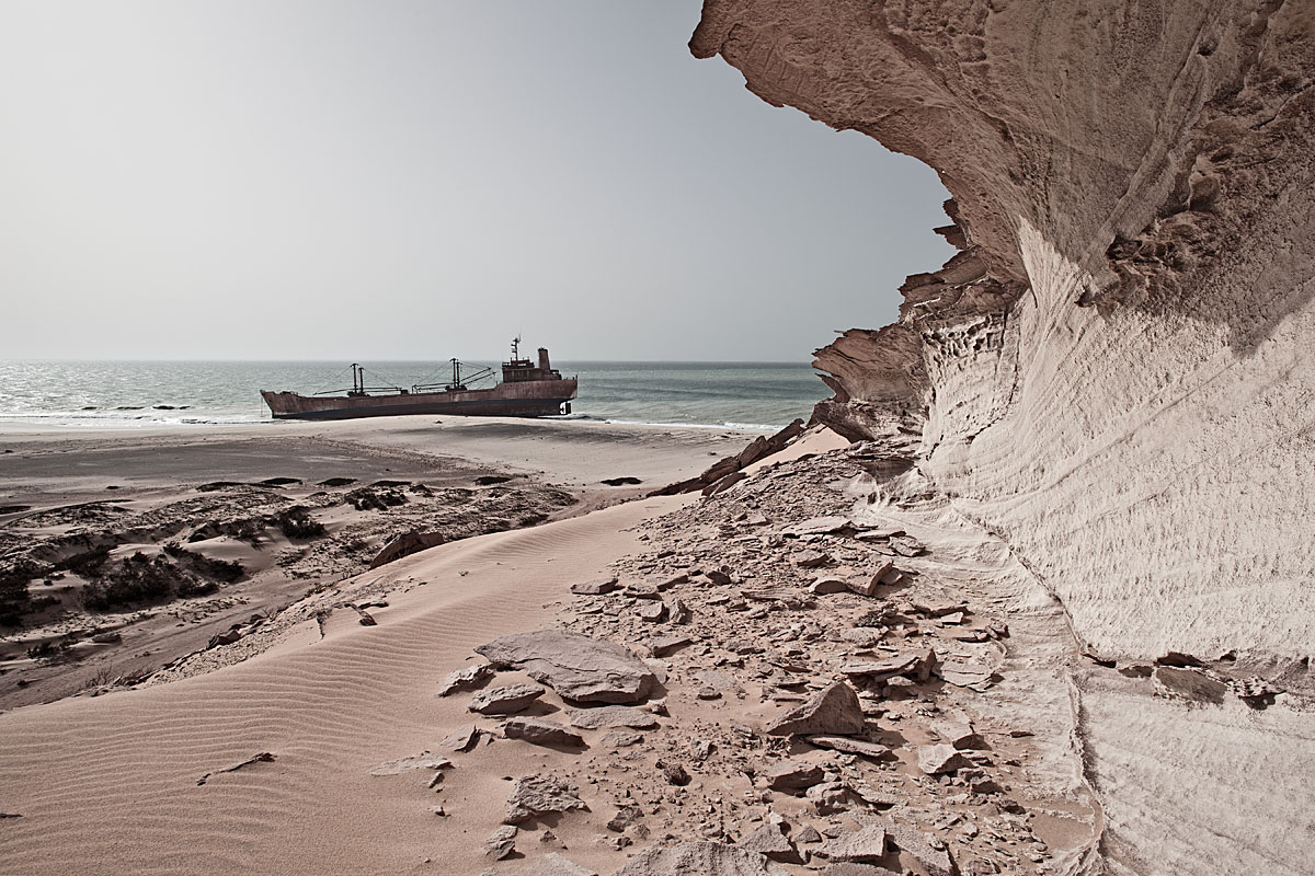 stranded #4, mauretania, 2011 (mv united malika ran aground on 04.08.2003 - all were rescued by the mauritanian navy)
