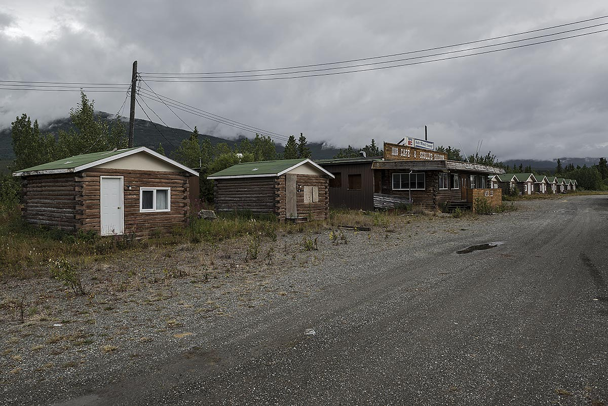 no vacancy #24, canada, 2012 (motel on the alaskan highway near the border to alaska)